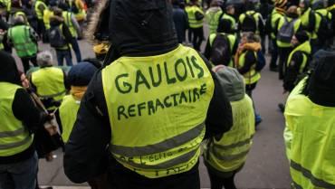 ©Jan Schmidt-Whitley/Le Pictorium/MAXPPP - Jan Schmidt-Whitley/Le Pictorium - 15/12/2018 - France / Ile-de-France / Paris - Plusieurs milliers de personnes se sont rassemblees dans Paris dans le cadre de l'acte V du mouvement des gilets jaunes, entre les Champs Elysees, Opera et les quartier de la Concorde. / 15/12/2018 - France / Ile-de-France (region) / Paris - Several thousand people gathered in Paris as part of Act V of the yellow vest movement, between the Champs Elysees, Opera and the Concorde district.